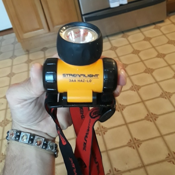 Other - Streamlight 3aa has-lo
